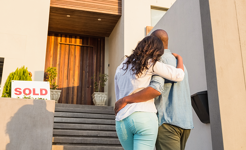Should I Hire a Lawyer to Help Sell My Home?