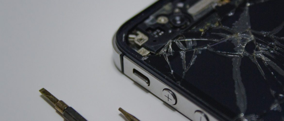 3 Tips To Fix Your Mobile Phone Broken Screen Within An Hour