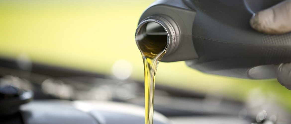 What Kind And Weight Of Oil Do You Use In Your Blower?