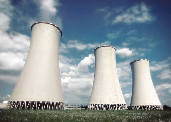 Which Type of Cooling Tower is More Efficient?