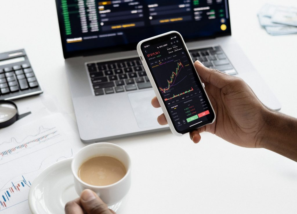 building your own trading strategy